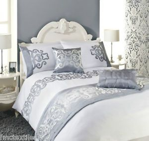 Laurence Llewelyn Bowen Luxury White Silver Duvet Cover Set Double Bed