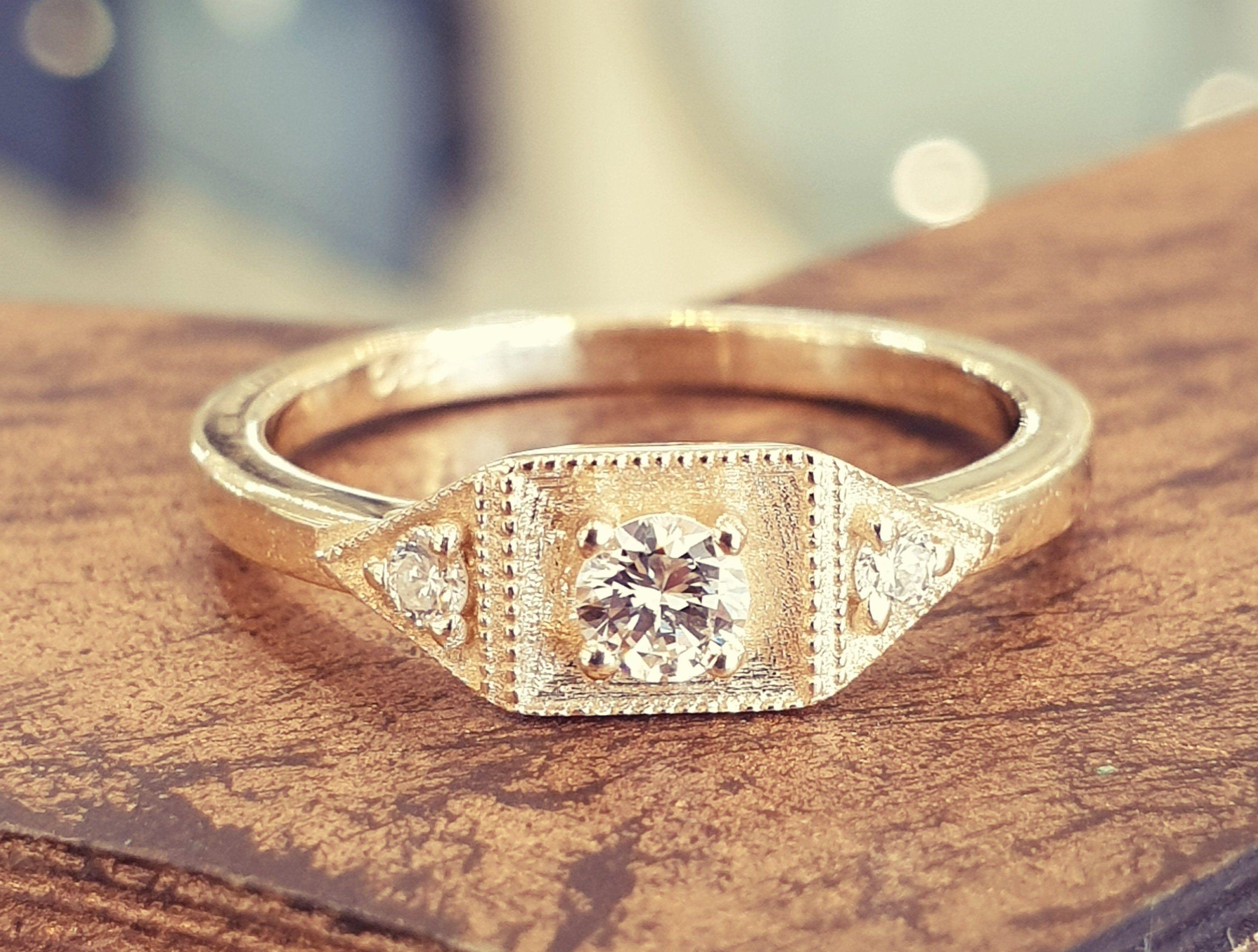 Antique Engagement Ring Diamond Engagement Ring 14k Yellow Gold