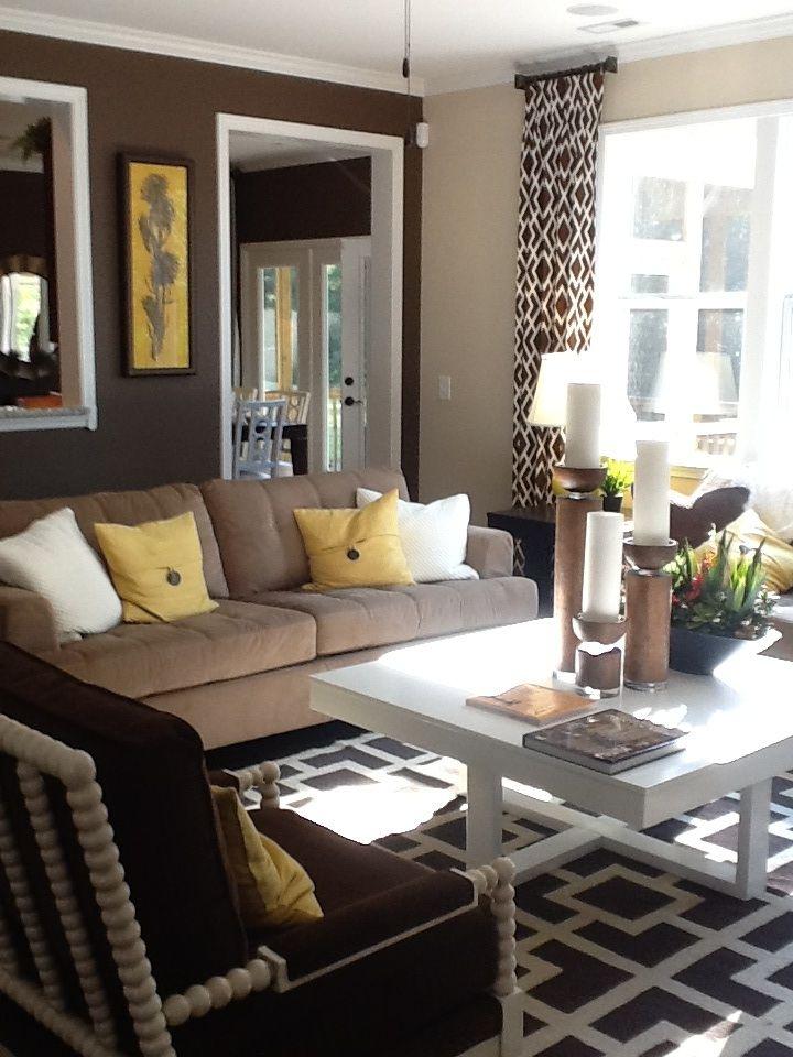 Brown yellow geometric pattern white living family room decor also google image result for http bpspot gbzyesp zem rh pinterest