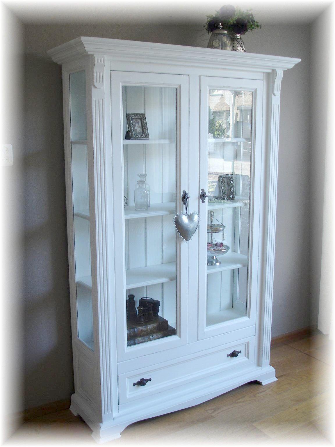 Landelijke, brocante vitrine/servies kast. | Kasten | Pinterest ...