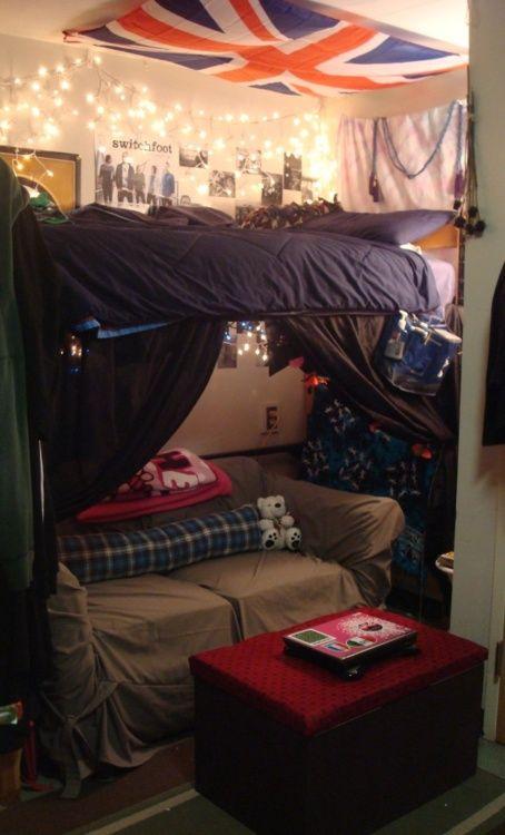 Futons Dorm Dorm room and Room