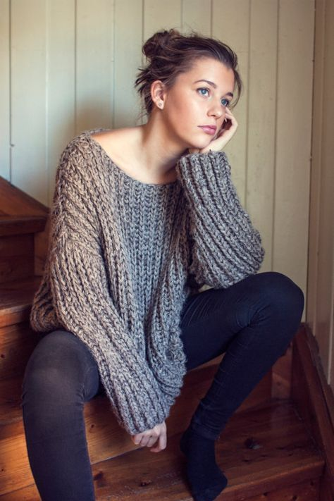 KNITTING PATTERN - English - Ribbed Knit Fall Sweater - One Size ...