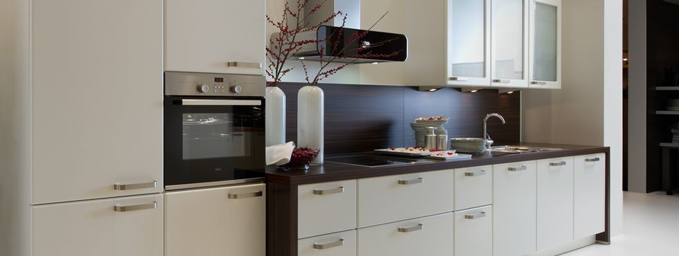 linear kitchen designs | ... Kitchens, Bedrooms & Contemporary Furniture @ Linear Kitchen Designs