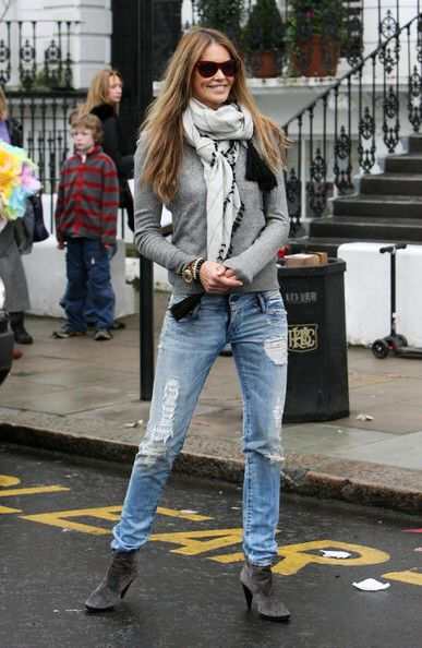 Elle Macpherson fashion.