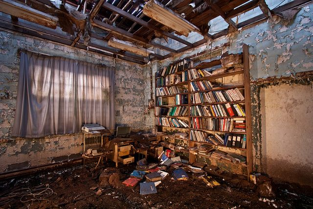 La Antigua Biblioteca De Mark Twain En Detroit Painting Abandoned Road