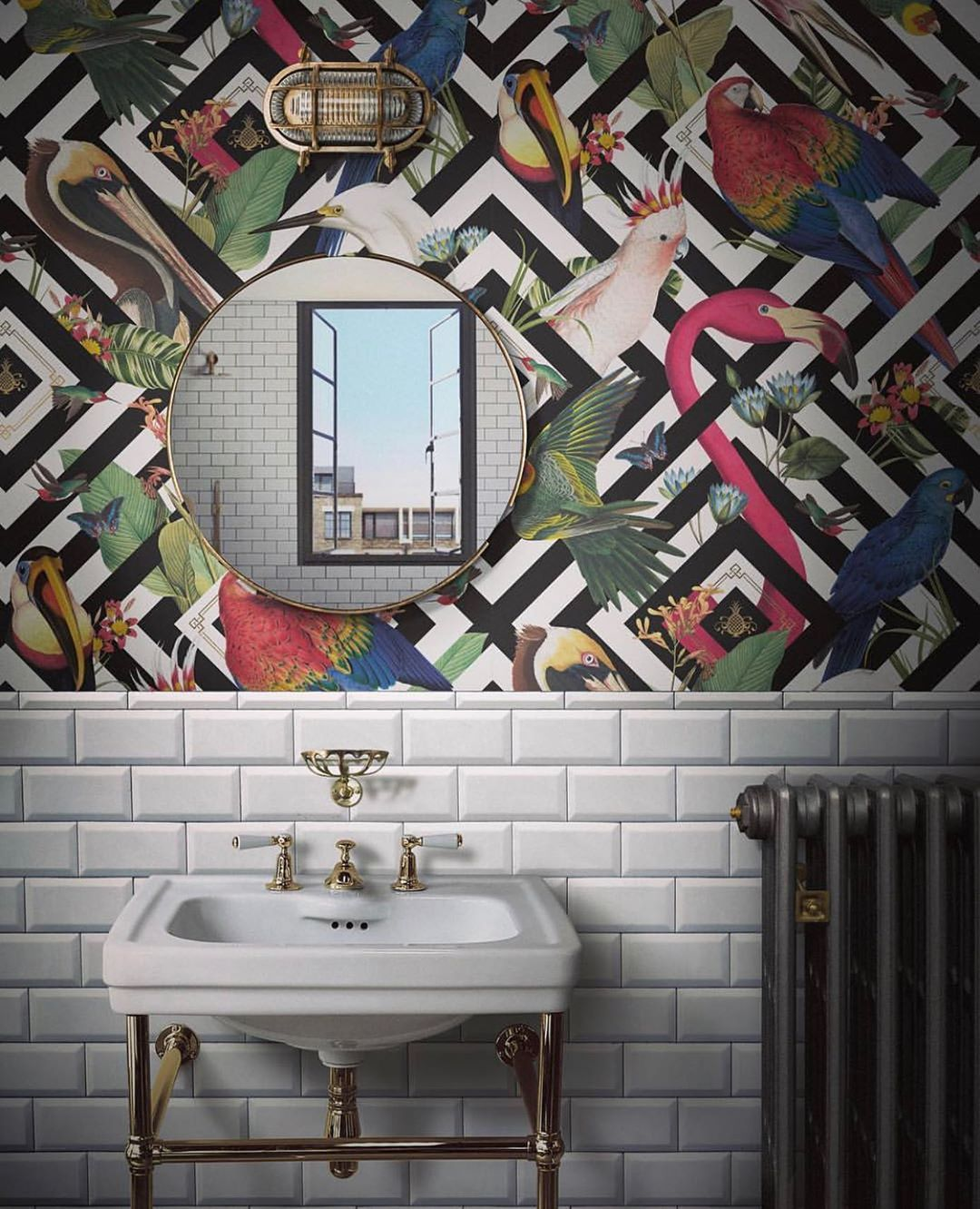 D I V I N E S A V A G E S On Instagram We Often Get Asked Can You Use Wallpaper In A Bathroom Will Wallpaper Be Ok With T Indretningsideer Badevaerelse
