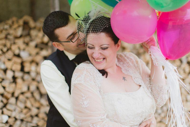 Wie Viel Einfacher Es Sich Posiert Mit Luftballons In Der Hand D Hochzeitsfotograf Hochzeit Hochzeitsfotografie