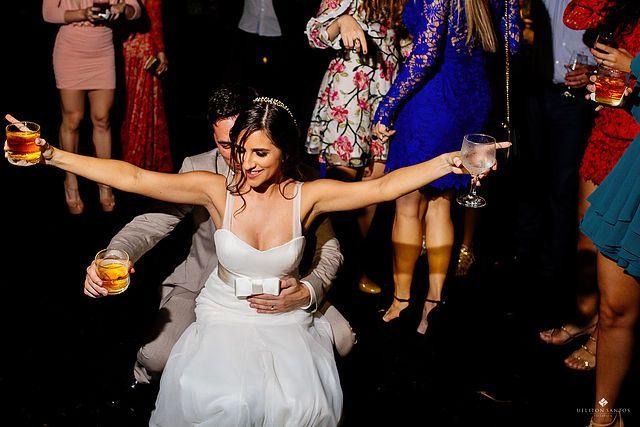♥ Yasmim Frechiani | Tulle - Acessórios para noivas e festa. Arranjos, Casquetes, Tiara