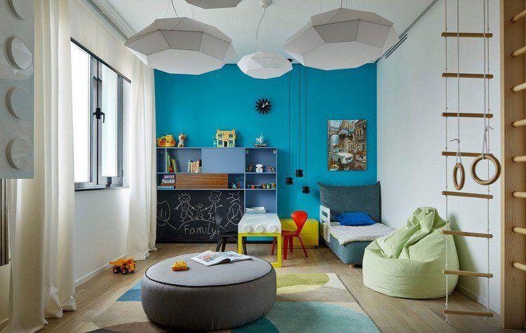 chambre enfant, peinture bleu turquoise, lit de jour design, pouf - peinture chambre gris et bleu