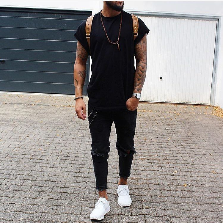 Check out @trillestoutfit Outfit by @massiii_22 #mensfashion_guide #mensguide Tag @mensfashion_guide in your pictures for a chance to get featured.