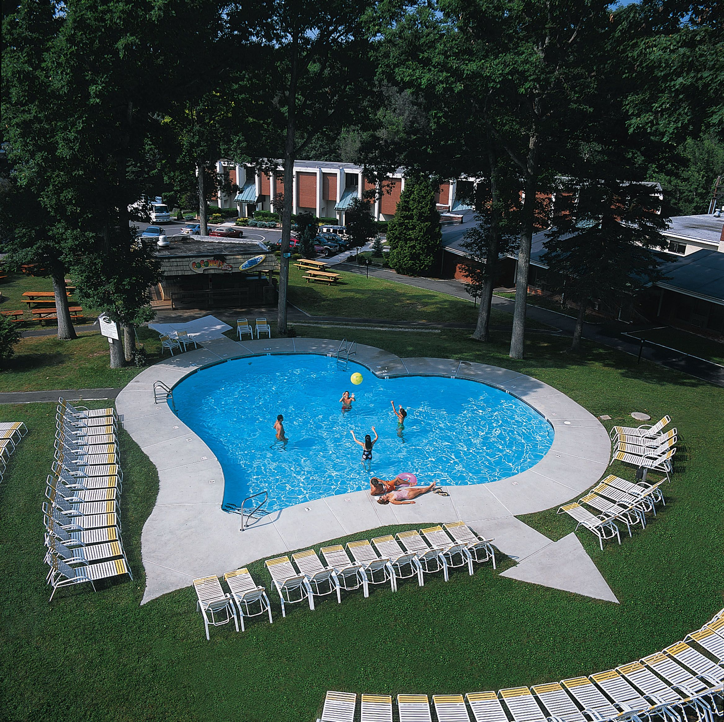 Delightful Cove Haven Entertainment Resorts Lakeville, Pennsylvania. Loved The Outdoor Heart  Shaped Pool! Gallery