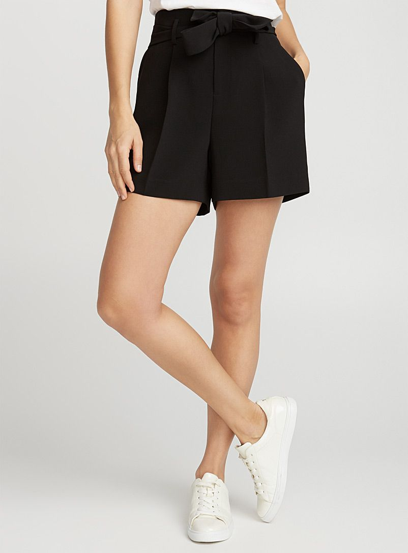 Image Result For Black Crepe Shorts With Tie Waist Womens Shorts Shorts Short Dresses [ 1086 x 802 Pixel ]