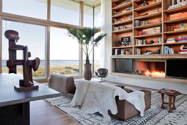 Kelly Behun S Weekend House In The Hamptons With Images Hamptons House Kelly Behun Interior Design Firms