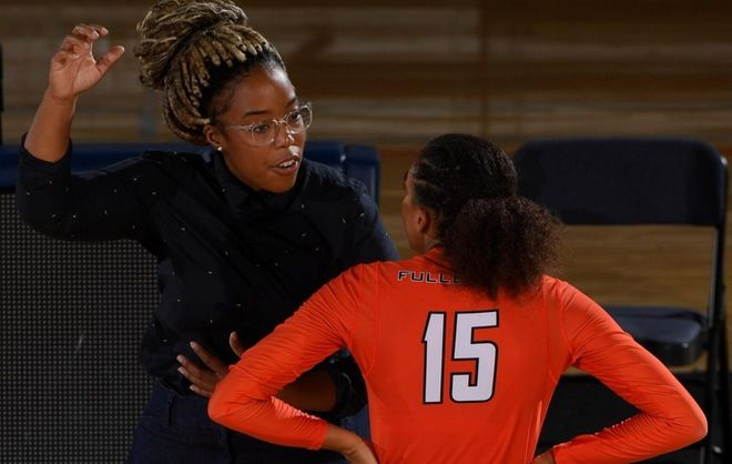 Volleyball Adds Five Newcomers To 2019 Squad Cal State Fullerton Athletics Women Volleyball Coaching Volleyball Athlete