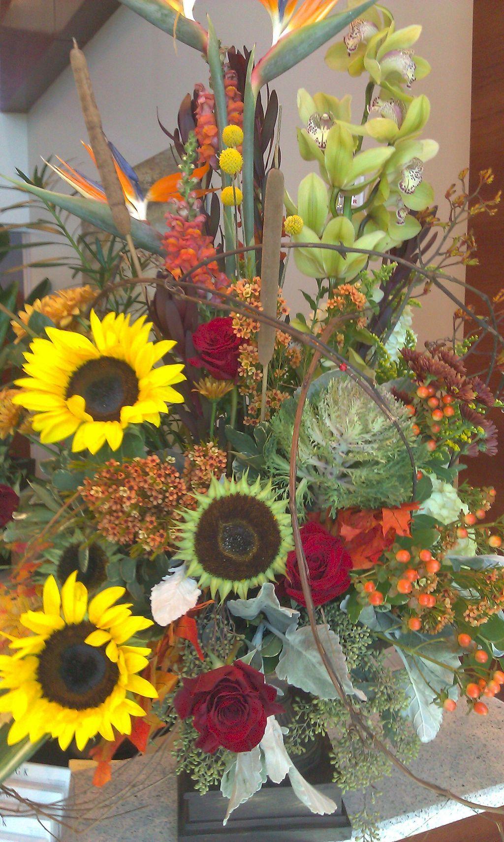 40+ Beautiful Thanksgiving Floral Arrangement Ideas
