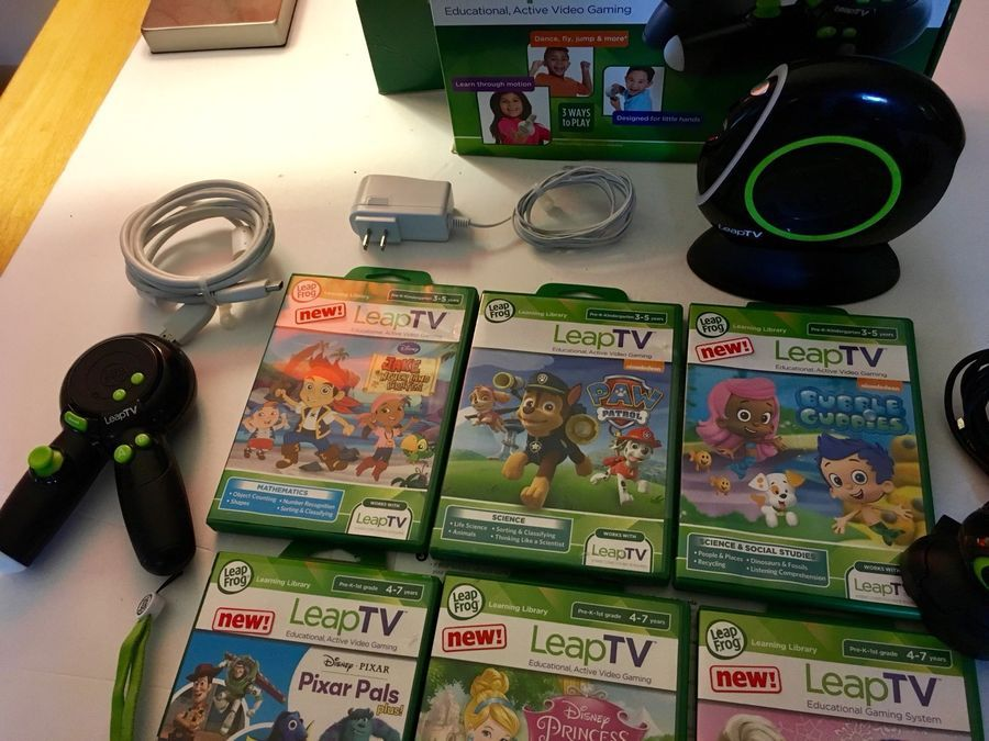 Leapfrog Leaptv Video Gaming System Bundle With 6 Games Read