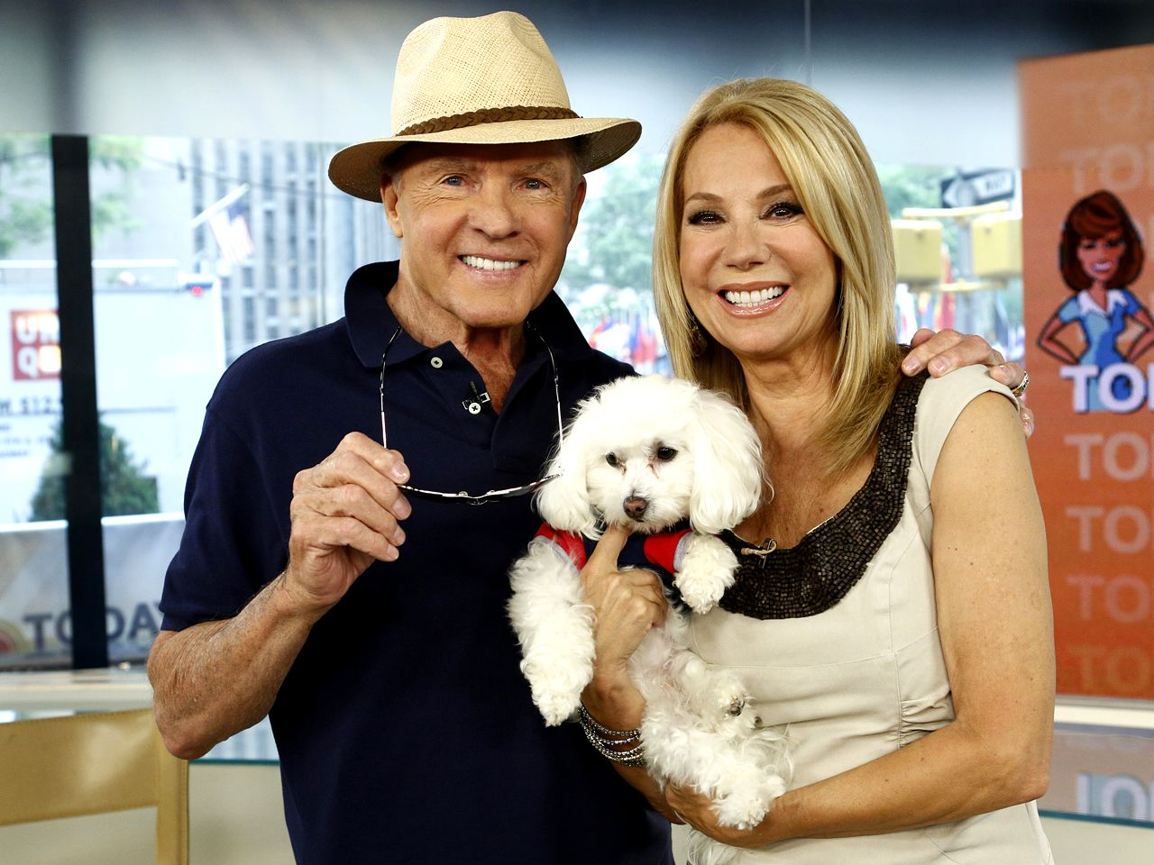 Frank gifford shares secrets to marriage with kathie lee for Frank and kathie lee gifford wedding