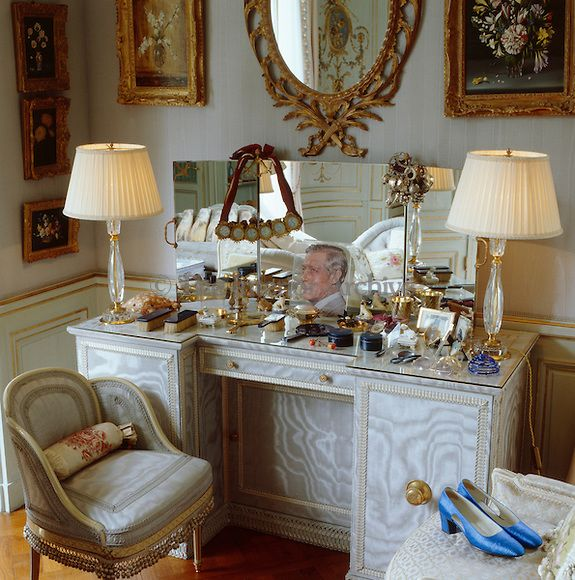 The Dressing Table In The Duchess Of Windsor S Bedroom Is