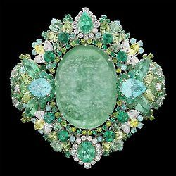 The new fine jewelry Dior collection dreamt up by Victoire de Castellane.