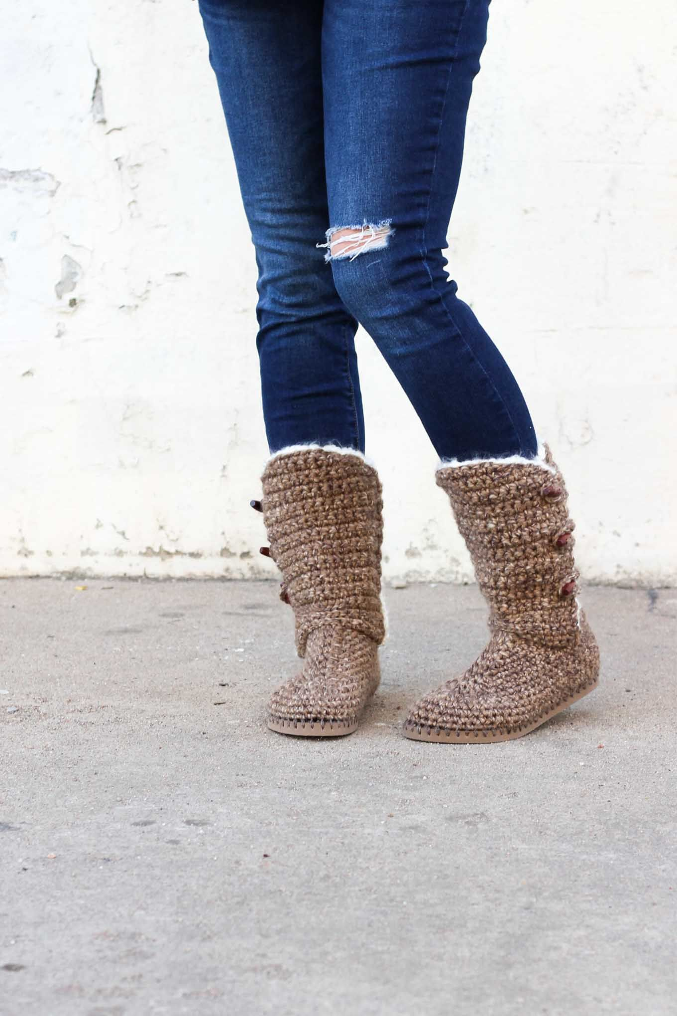 Crochet Boots With Flip Flop Soles - Free Pattern + Video | Crochet ...