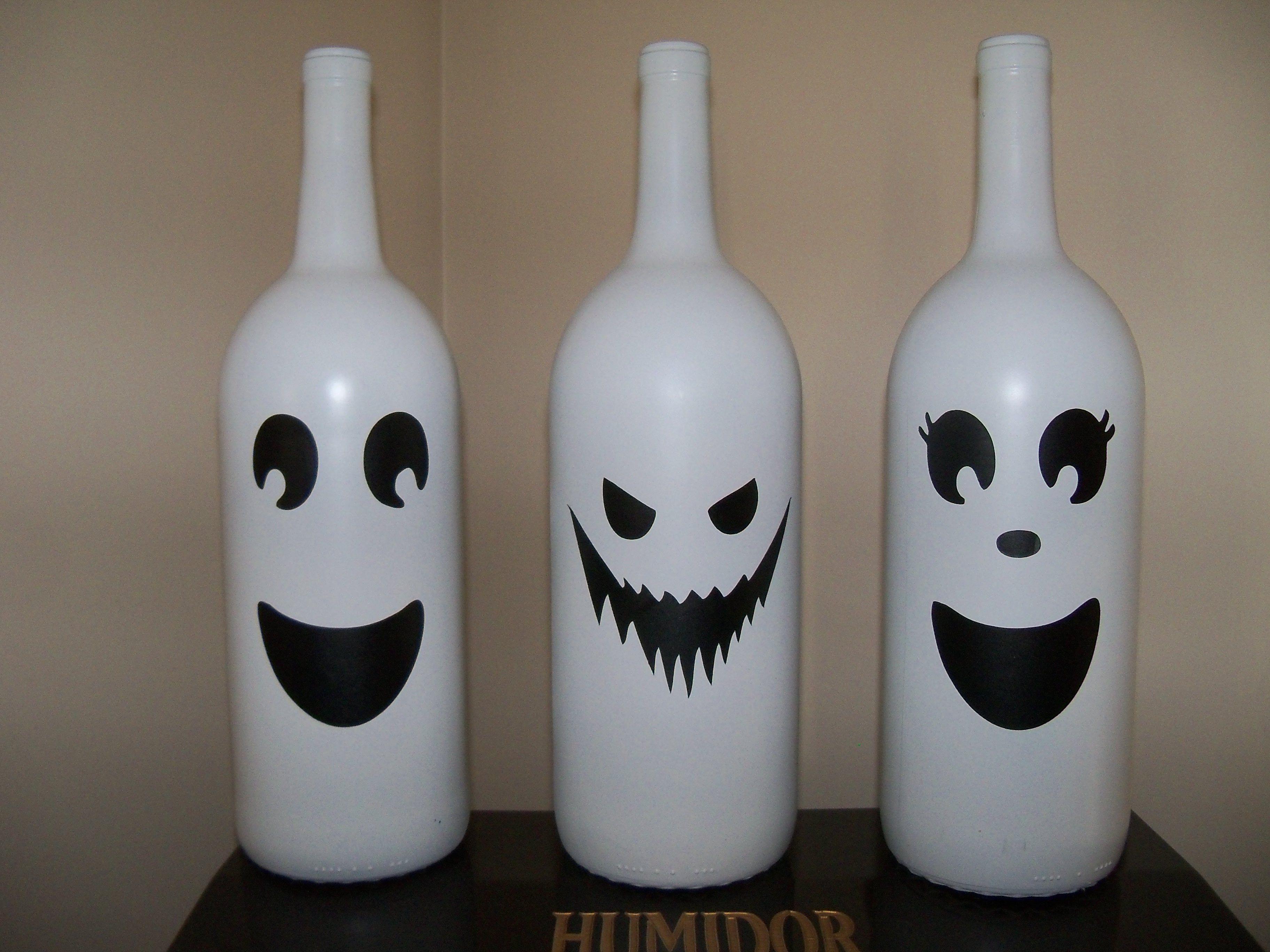 Diy halloween door decorations with wine bottles