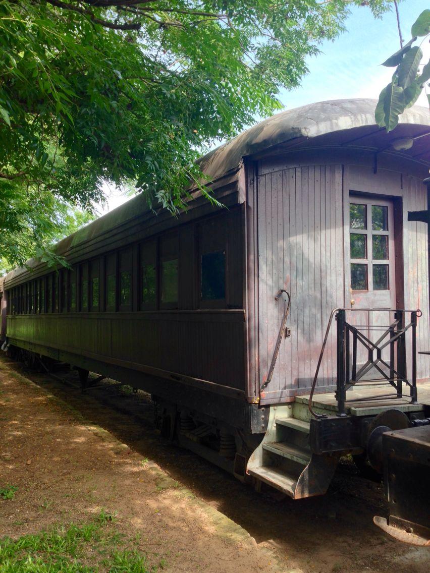 Vagón De Tren Asunción Paraguay Vagones De Tren Casas Vagones Tren