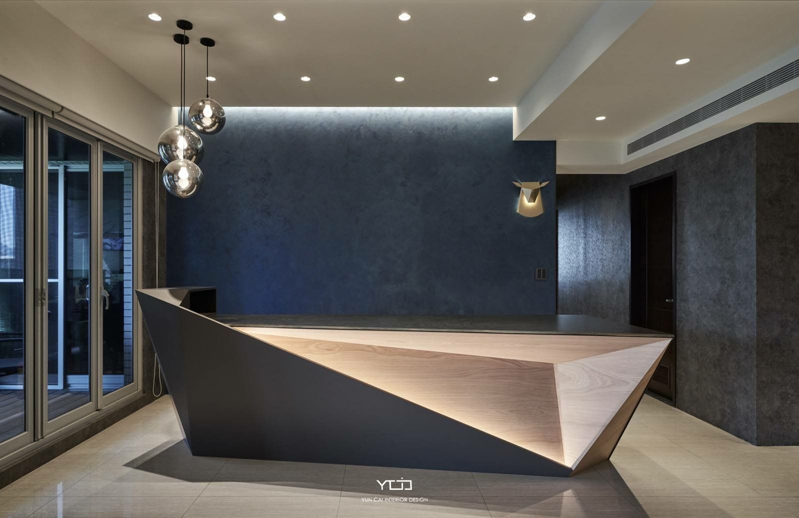 Pin By Orsolya Rati On Bar Counter Minibar Reception Desk Design