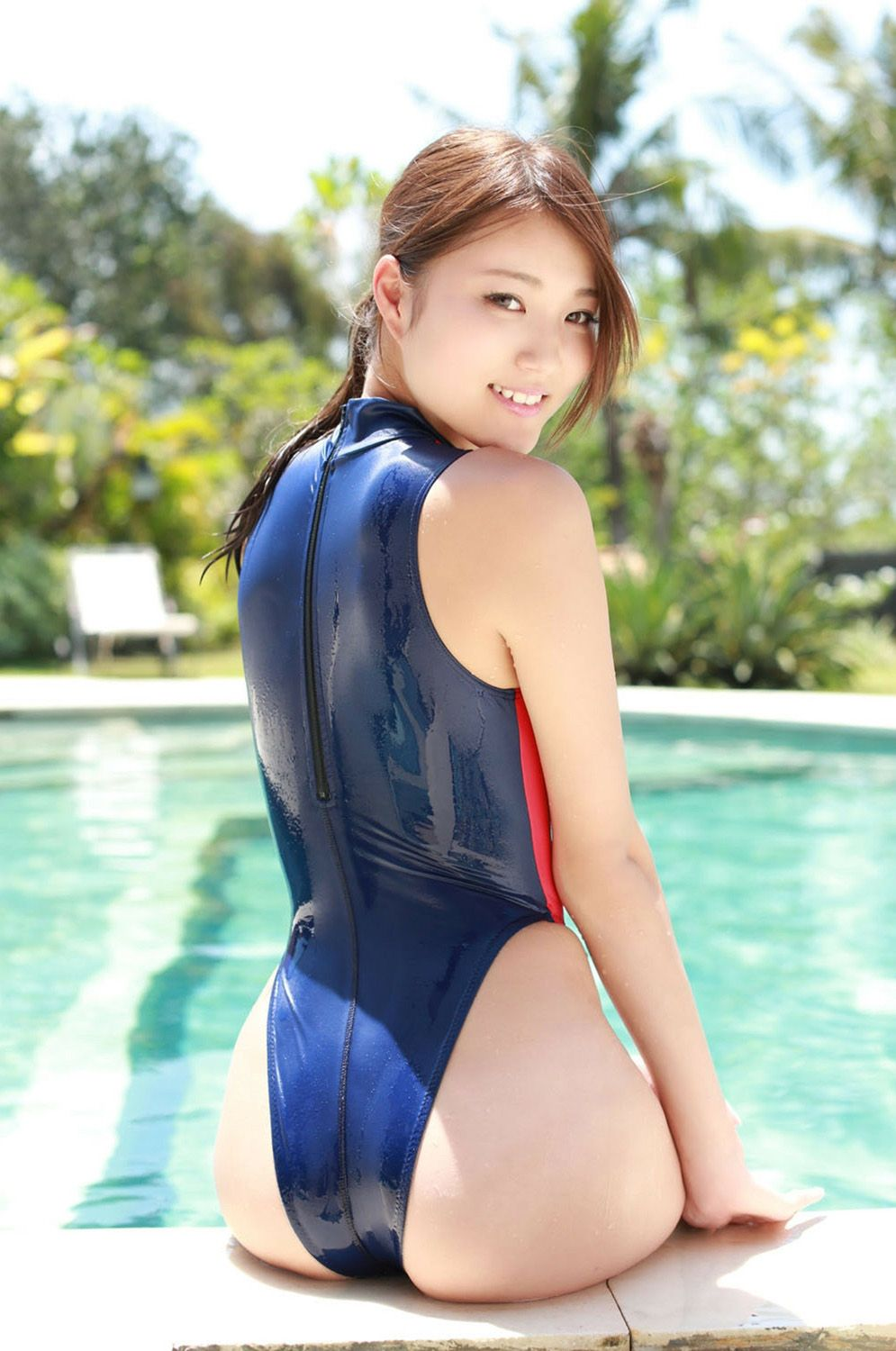 Japanese girl bathing-8384