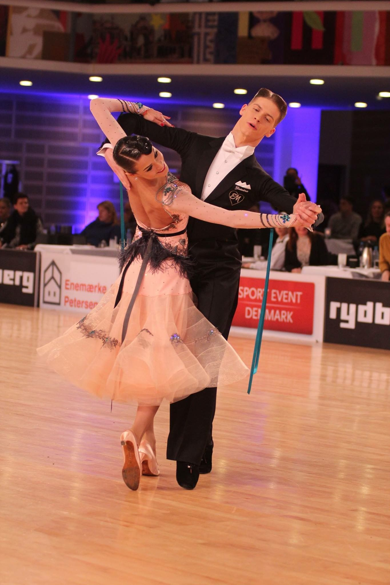 Vestidos Baile Salon Pin By Michelle Yiu On Dancesport Pinterest