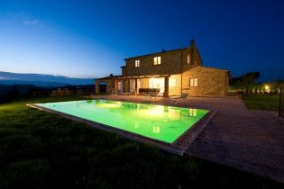 Villa Eleonora    www.sonnigetoskana.de    Italien - Toskana   Pisa bei Casale Marittimo, 6 Schlafzimmer, Privater Pool, Klimaanlage. #tuscanyvillas #toskanavillen #italyvillas #italianvillas #holidayhomes #tuscanyholidayhomes #urlaub #reise #ferienhaus #vacation #luxuryvilla #luxusvilla #familienurlaub #italianvillasforrent #tuscanvillasforrent #mietenvilla #tuscanyvillaswithpool #tuscanyluxuryvilla #tuscanyholidayhomes #tuscanholidayvillas