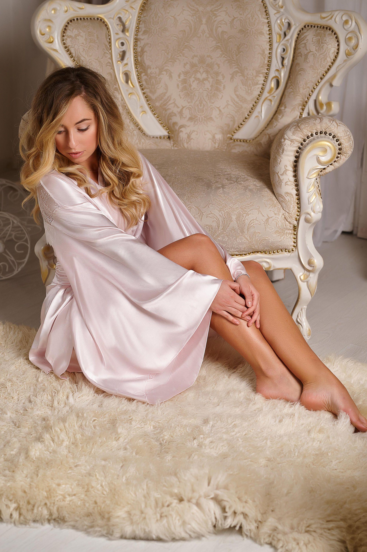 Pink RobePink Satin Robe Satin Robe Bridesmaids Pink Pink Silk Robe d9a7ff98a
