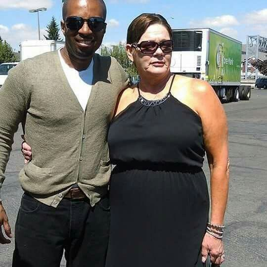Ceo Of Jam House Live Darrell Green Ceo Of Housing Our Veterans Lorie Perkins Joker Face Fashion Mens Sunglasses