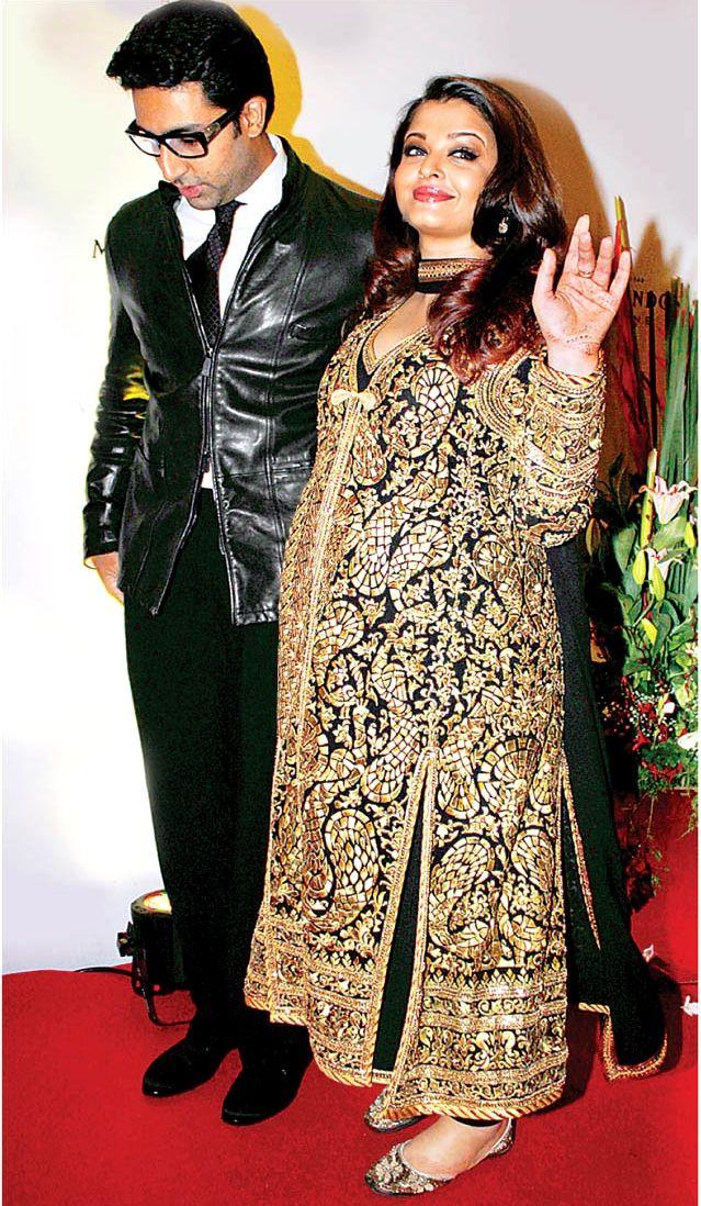 Recap aishwarya rai bachchan in 2011 the o 39 jays fans for Aishwarya rai in her wedding dress