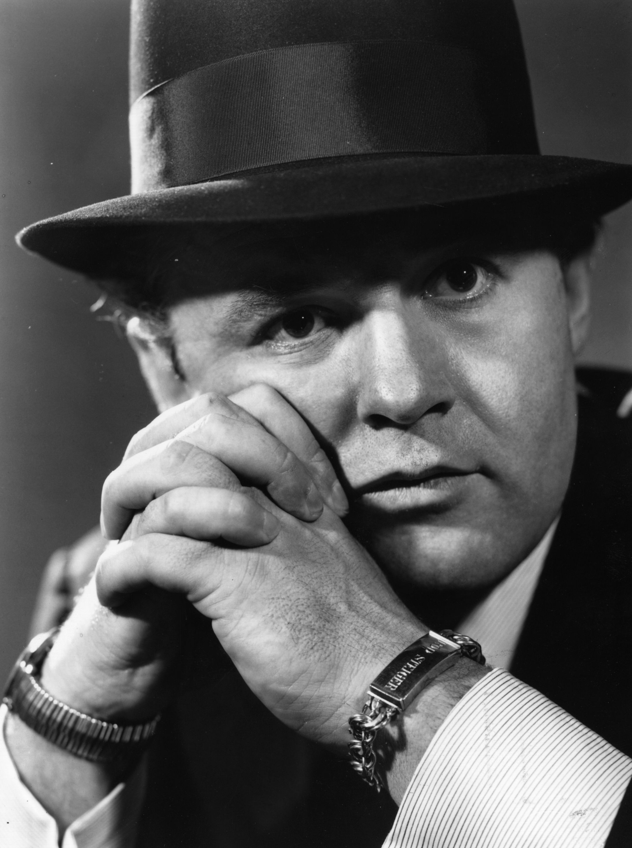 "Rod Steiger played the gangster in the movie "" Al Capone"""