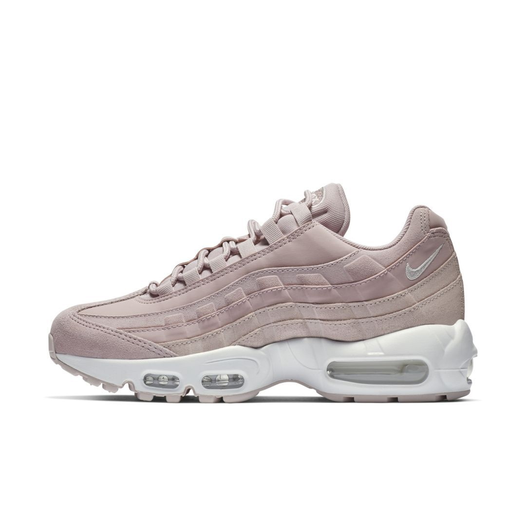 reputable site f4e19 600e3 Nike Air Max 95 Premium Contrast Women s Shoe Size 5.5 (Plum Chalk)