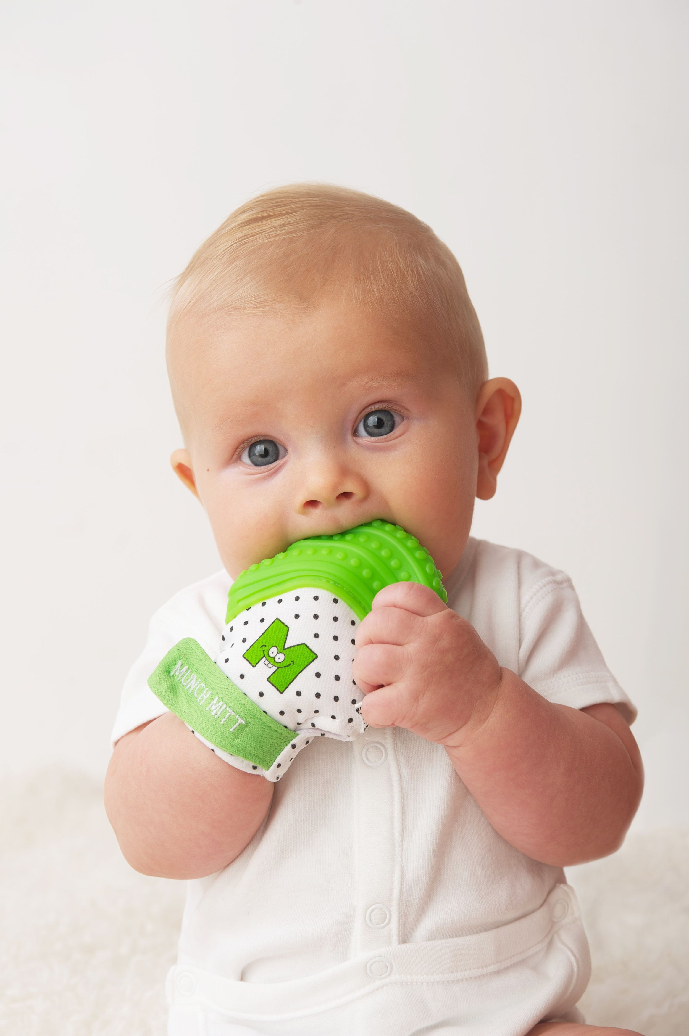 Baby Teething Ring Pacifier Non Toxic Silicone Teether Soother Gum Toy Green Dum