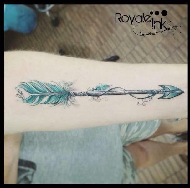 Arrow tattoo Carolina Avalle