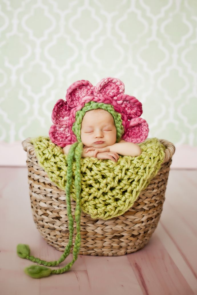 Creative newborn photography ideas props