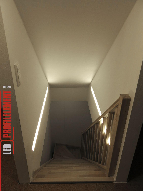 Indirekte Beleuchtung Im Treppenhaus Tolle Losung Www Ledprofilelement De Treppenhaus Beleuchtung Treppe Haus Indirekte Beleuchtung