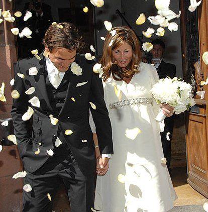 Wedding Of Roger And Mirka Par The Roger Federer Foundation Rf Sur Getty Images Roger Federer Celebrity Weddings Roger Federer Family