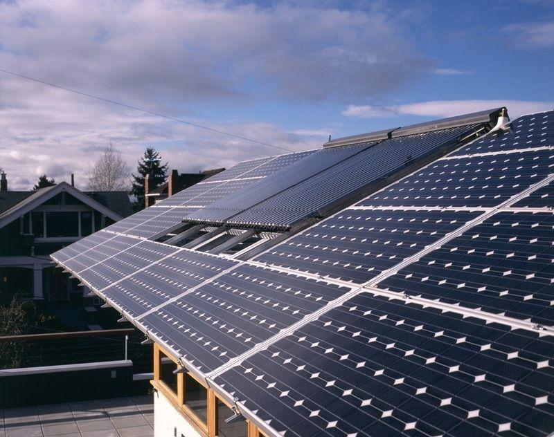 modern exterior by Jim Burton Architects Solar, Haus