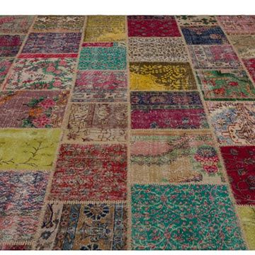 K0021208 Turkish Patchwork Rug | Kilim Rugs, Overdyed Vintage Rugs, Hand-made Turkish Rugs, Patchwork Carpets by Kilim.com