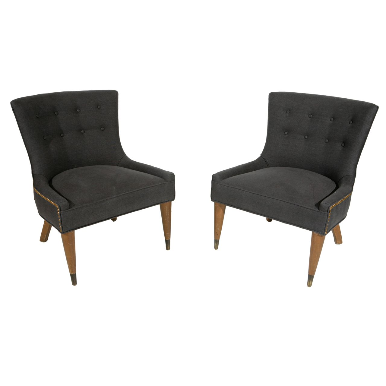 tufted accent chair with nailhead trim