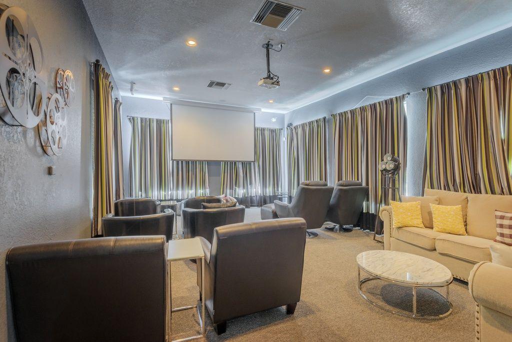 Retreat At Mesa Hills Apartment Rentals El Paso Tx Zillow Rental Apartments Home Decor Apartment