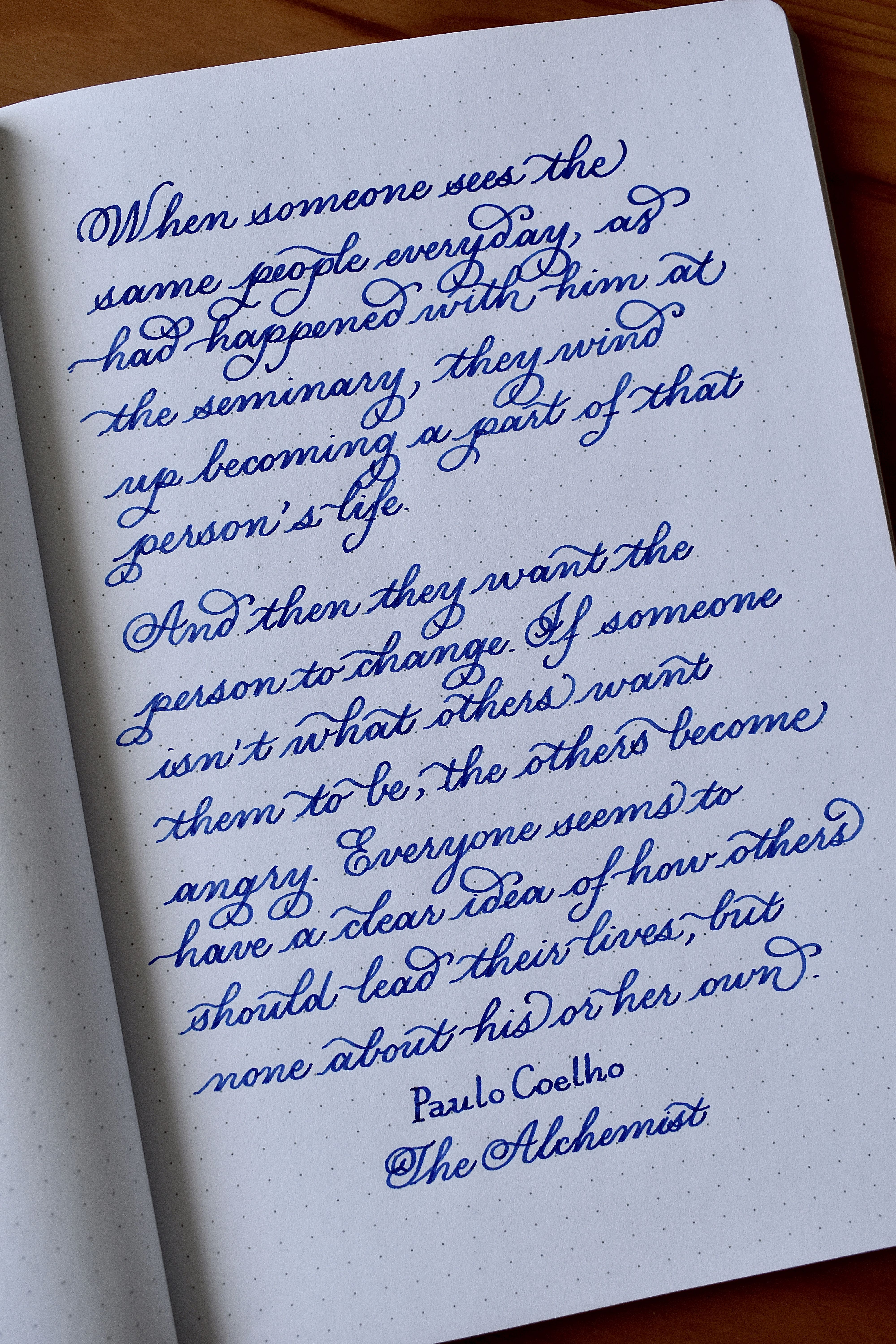 Instagram @ thenormal.cl  Handwriting practice with fountain pen