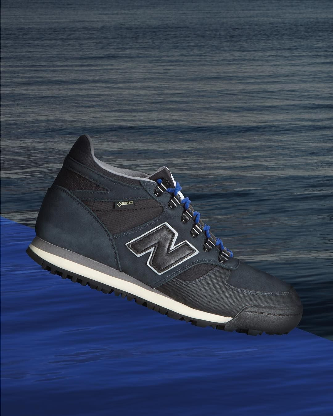 The Danish Weather Pack 2.0 in collaboration with New Balance celebrates the re-issue of the original Rainier.  The colour scheme for the Danish Weather Pack 2.0 is inspired by the shoreline typography of coastal Denmark during the dark months of winter time. We have taken the New Balance silhouette and reintroduced the Rainiers original Vibram sole unit updating the D-rings to modern lace hoops and upgrading to a Gore-Tex upper offering the required protection against the elements. The shoe…