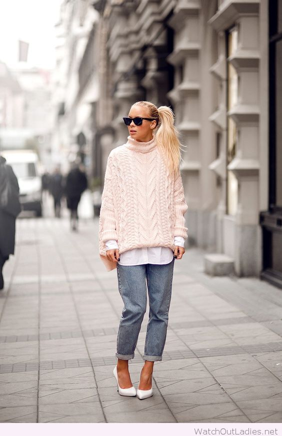 Jeans, white heels and shirt with pink sweater