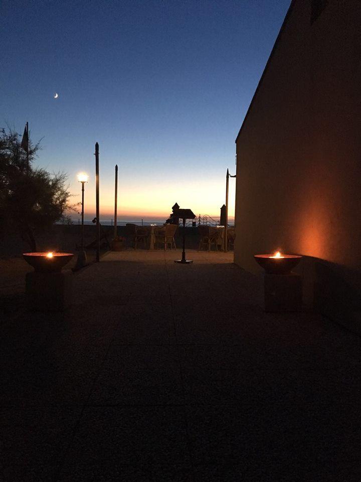 C'è sempre spazio per un po' d'intimità. #LeDunePiscinas #Sardegna #soloqui #viviLeDunePiscinas #tramonto  There's always room for a little of intimacy. #LeDunePiscinas #Sardinia #nowhereelse #doitinLeDunePiscinas #sunset  www.ledunepiscinas.com