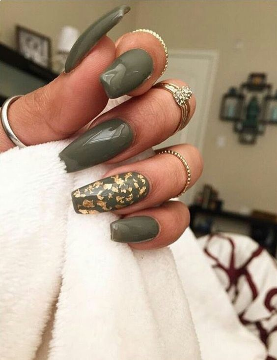 Gold Flakes Mani Love The Gold Accents Olive Nails Fall Acrylic Nails Green Nail Designs