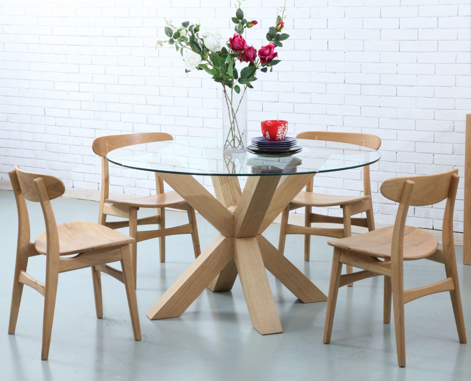 Oscar Round Dining Table   Glass Solid Oak   130cm Diameter